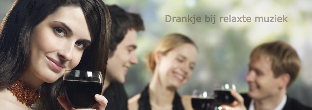 Receptie-met-drink en relaxte tekst